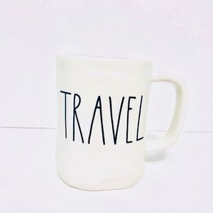 New! ☀️Charming Rae Dunn, 'TRAVEL' Mug!